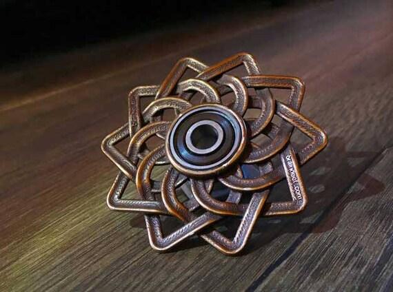 Celtic Lotus Fid hand spinner Steel