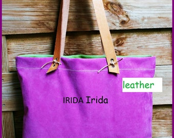 Shoulder bag type tote bag in suede leather.