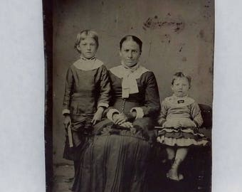 Antique 1806s Large Tintype Photograph Woman Children 23035