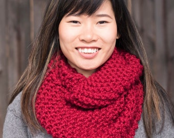 Hand Knit Infinity Scarf // Wool Scarf // Chunky Knit Scarf Cowl: Cranberry