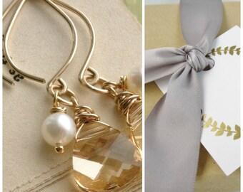 Gold champagne earrings, wedding jewelry, gold earrings, freshwater pearls, bridesmaid earrings, Swarovski Crystal earrings, thank you gift