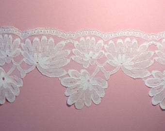 Ecru lace Ribbon, 11 cm, sold by the yard, sewing.