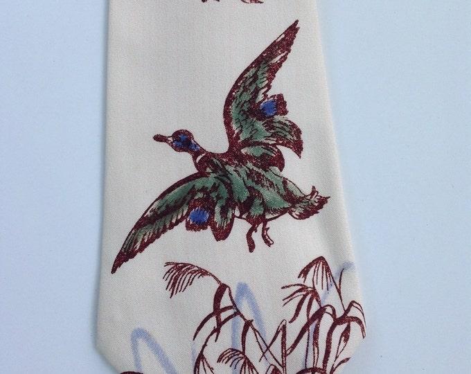Vintage Hand Painted 1940's Necktie / 40s Men's Tie / Collectible / Mallard Ducks / Zoot Suit Tie