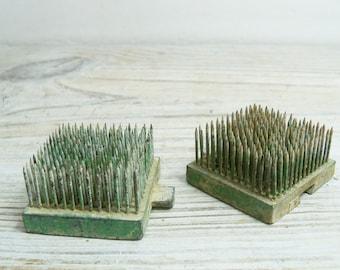 Vintage Flower Frogs Interlocking Flower Pins Square Green Metal 1950s 2 Pieces