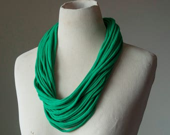 Recycled T-Shirt Necklace Green