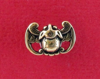 Bat - Shank Button - B802