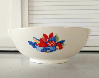 Vintage Mixing Bowl Vegetable Serving Universal Cambridge with Fruit Basket Design Country Kitchen Farmhouse Home decor Red White Blue