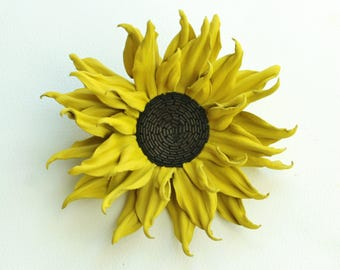 Yellow leather sunflower brooch gift for her, leather anniversary, yellow leather sunflower jewelry, leather sunflower brooch