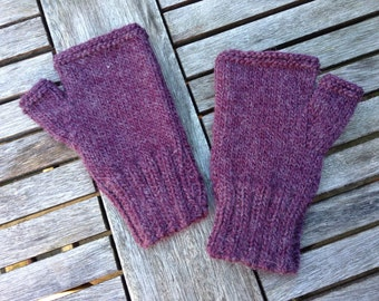 Fingerless Mittens - DIY Knitting Pattern