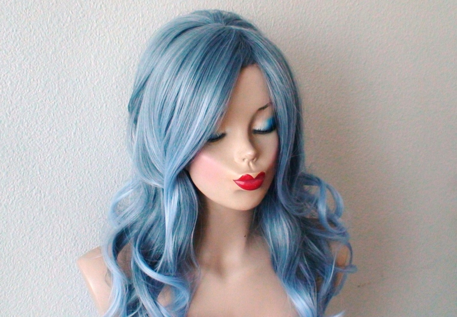 Ombre wig. Lace front wig. Pastel wig Blue wig. 1960\'s