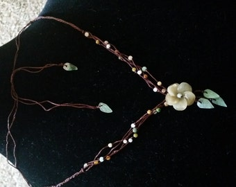 Exquisite Jade Flower and Leaves Beaded Vintage Necklace