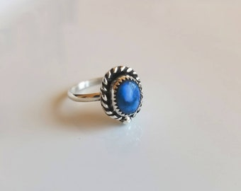 Beautiful natural oval Dumortierite sterling silver ring- size 6.5, boho chic, blue, trendy, pretty, hipster, gypsy, simple, tiny