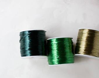 "Pearlized (Metallic) Paper Raffia - Hunter Green / Emerald Green / Willow Bark - 100 yards - 1/4"" wide"
