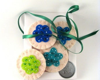 Beaded Blue and Green Felt Play Cookies in a Bakery Box
