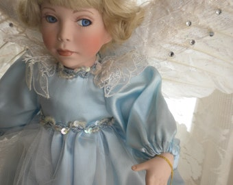 Angel of Peace Doll - Paradise Galleries Treasury Collection Premiere Edition - Patricia Rose - Heaven on Earth