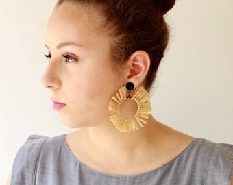 Natürliche Ohrringe, trendige leichte Creolen, Aussage Ohrringe, Kreis Quaste natürliche Schmuck Hippie Sonne Ohrringe Naama brosh