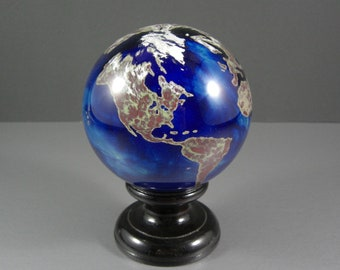Signed Lundberg Studios 3.5 Inch Art Glass World Globe / Paperweight