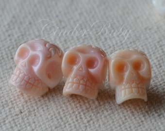 Pink Queen Conch Shell Hand Carved Skull Connector Beads,Pink MOP Skull Beads;Pink Mother of Pearl Skull Connectors;9*13 mm,1 Pc