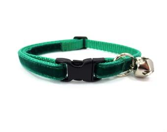 Green Velvet Cat Collar
