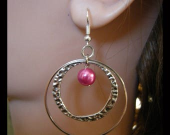 Earrings with Fuchsia Pearl and rings