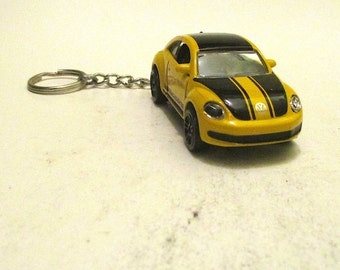 VW Beetle keychain, 汽車 Volkswagen Beetle keychain, Hippie car keychain, Ladies bug, Mens or Womens keychain, Mens or Womens gift