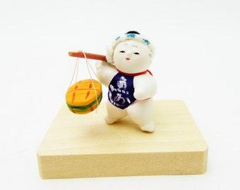 Miniature Japanese doll.Asakusa doll.Sakanauri/Fish selling.41mm.#jd6.msjapan