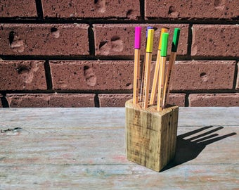 Reclaimed Wood Pen Holder - Rustic Decor Wooden Pen Holder - Pallet Wood Pencil Holder - Desk Organiser