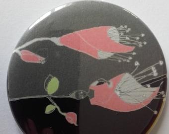 Bag 56 mm mirror set bridesmaid flowers: lilies