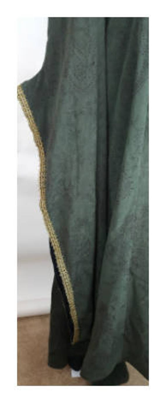 Trim Sleeves Gold Green with Long Angel Gown Style Elizabethan Gold Dress Train Print Embellishment 4q8a1xw