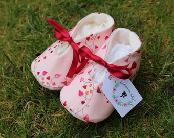 Heart Baby shoes - Several Sizes