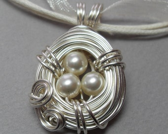 Pearl Bird's Nest Necklace Silver Wire Wrapped