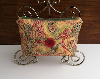 Paisley Quilted Cosmetic Bag, Quilted Makeup Bag, Paisley Make Up Bag, Quilted Purse Pouch, Paisley Pouch, Quilted Bag, Quilted Pouch