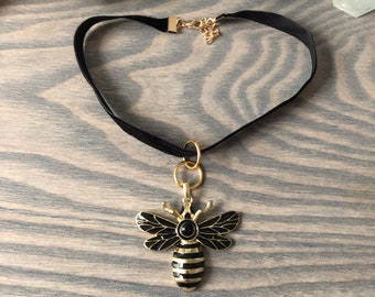 Save the Bees Choker