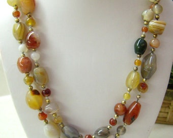 Vintage Agate Stone BEGGAR Bead Necklace....Multi Colored Agate Beads...Circa 1960s...Brass Spacers...Authentic Hippie