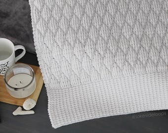Crochet Pattern - Emerson Diamond Quilted Blanket/Afghan/Rug/Scarf by Lakeside Loops (5 sizes: baby, crib, throw, queen, king + extras)