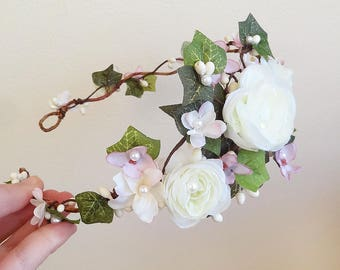 bridal flower crown, dusty pink floral crown, white flower crown wedding, bridal flower crown with ivy, mauve wedding headpiece, ranunculus