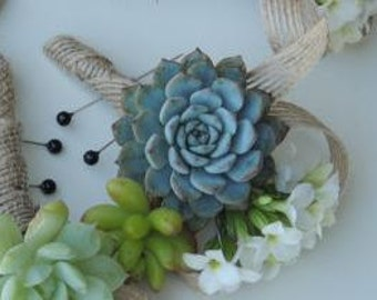 Boutonniere and corsage Wrist Corsage