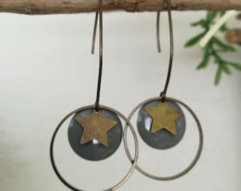 Bronze earrings with enameled sequin