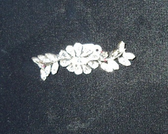 Sale! 1950s Vintage Rhinestone Floral Spray Brooche  Item #791