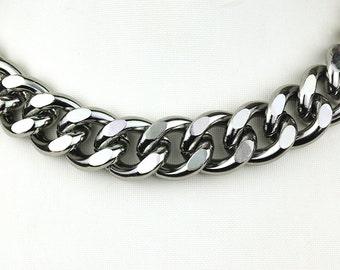 3.2ft Gunmetal Chain, Chunky Chain, Twisted Curb Chain, Aluminum Chain, 23x19mm, 138A.GU