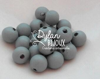 20 10 mm grey wood beads