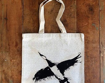 Eco-friendly bag / organic cotton tote bag / Tote Bag / geese in flight / Quebec goose / bird in flight / screen printed by hand