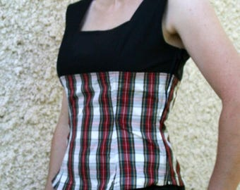 """Top """"Hokilt"""" Scottish red and white in one piece"""