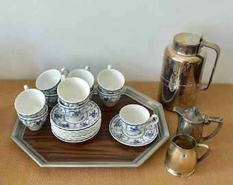 Vintage Johnson Bros Blue and White Ironstone Indies Pattern Cups and Saucers, 10 saucers, 11 cups