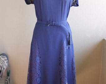 Vintage 1950s Dress - Elegant Navy Blue and Lace with Original Belt and Brooches - M/L