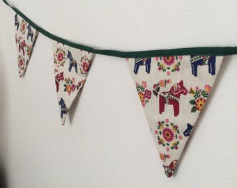Ethnic pattern fabric Bunting