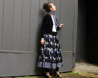 Woman long skirt black-Navy-Blue and white. Crocodiles and stripes. Skirt long Amazon Creation original cotton. Petticoat skirt long ball