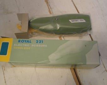 Vintage Royal Electric Scissors Cordless New