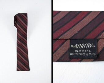 Cravate vintage des années 60 flèche carrée cravate marron bout carré rayé rouge hommes