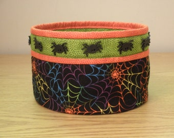 Quilted Fabric Bowl (HbowlE) Spiders and Spider Webs
